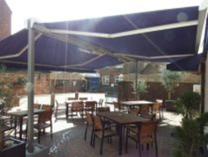 Restaurant with Patio in Poole
